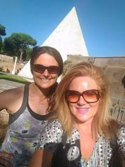 Me and Sandra visiting the old cemetery which also has the only pyramid in Rome